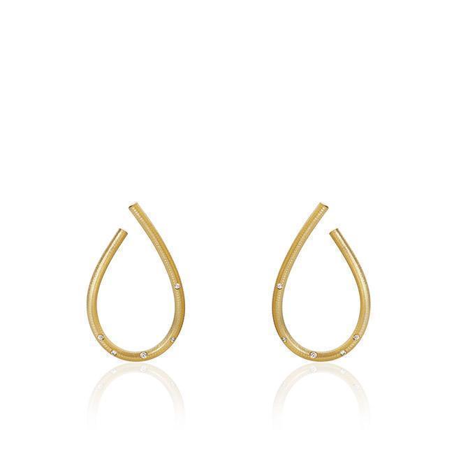 kharisma-oreringe-smykker-dulong-fine-jewelry_4cafe47e-b4b9-440f-a803-62cfe0c5fe58_650x650